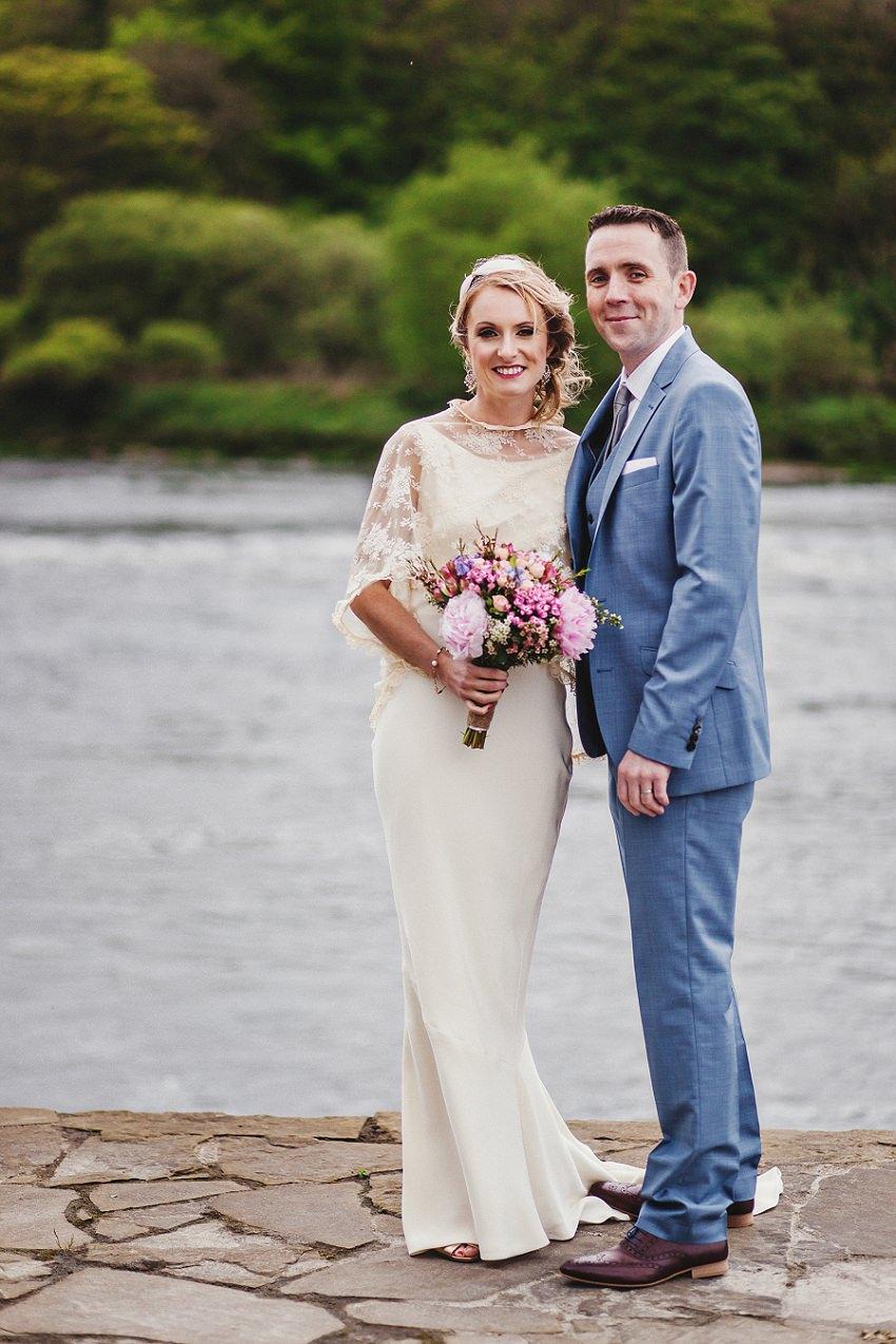wedding couple portraits around ice house