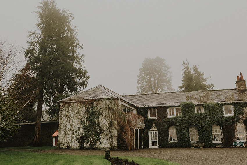 Rathsallagh-House-wedding-pictures-from-Dee-and-Dermot-wedding-alternative-photographer-Dublin--001