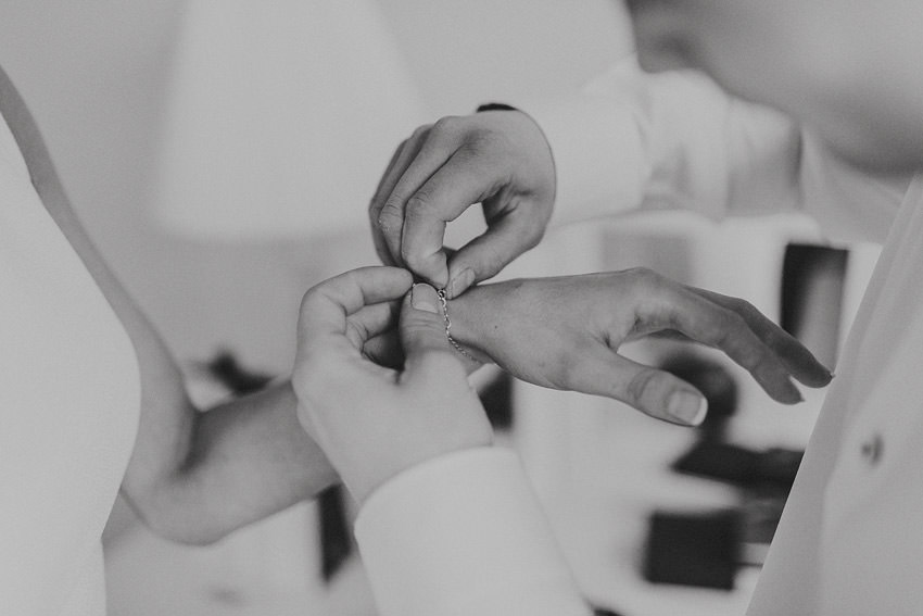 18-small-intimate-wedding-sligo-photogaphy