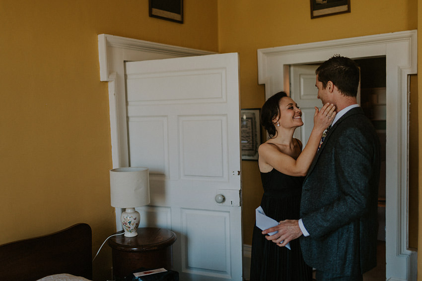0048-elopement-in-ireland-pictures-in-roundwood-house