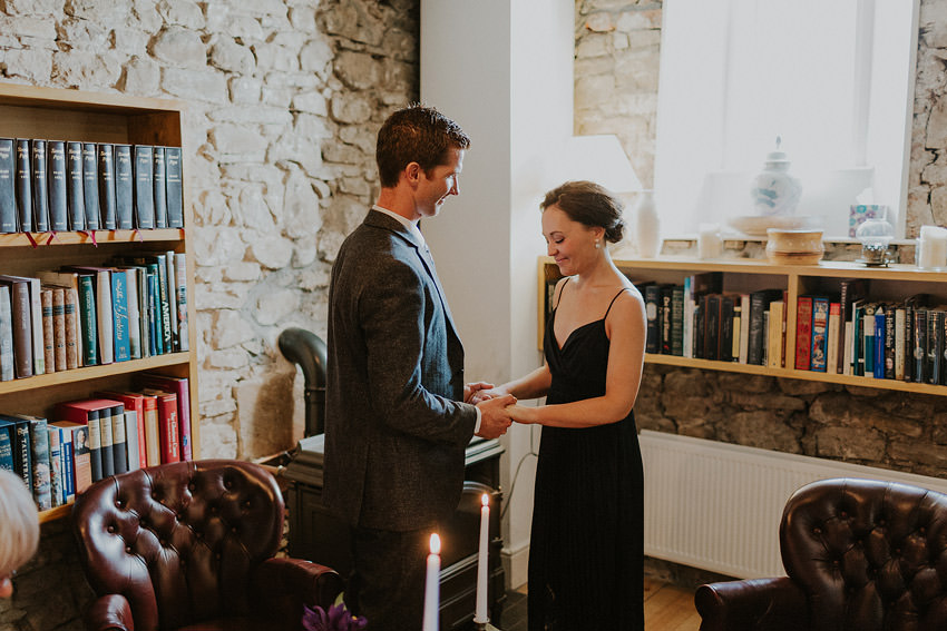 0066-elopement-in-ireland-pictures-in-roundwood-house