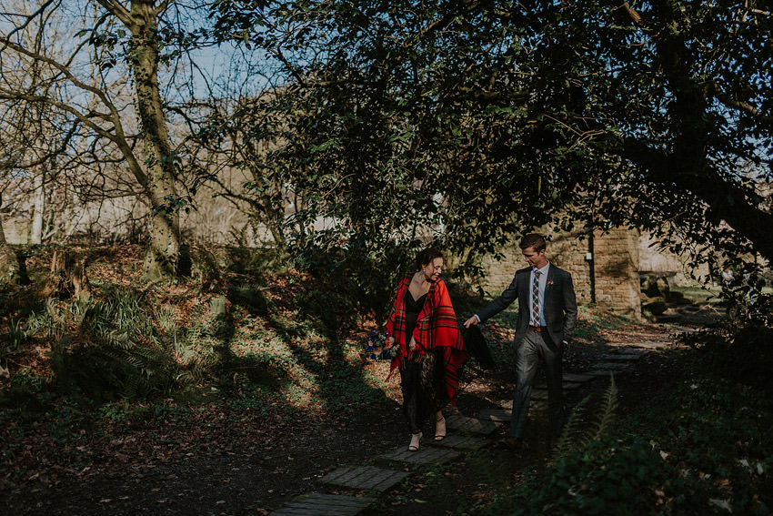 0133-elopement-in-ireland-pictures-in-roundwood-house
