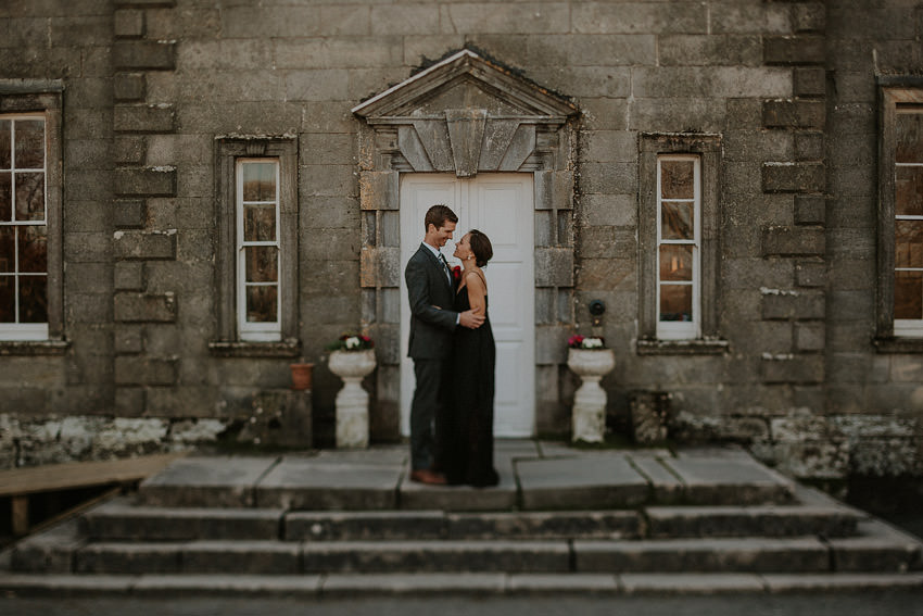 0141-elopement-in-ireland-pictures-in-roundwood-house