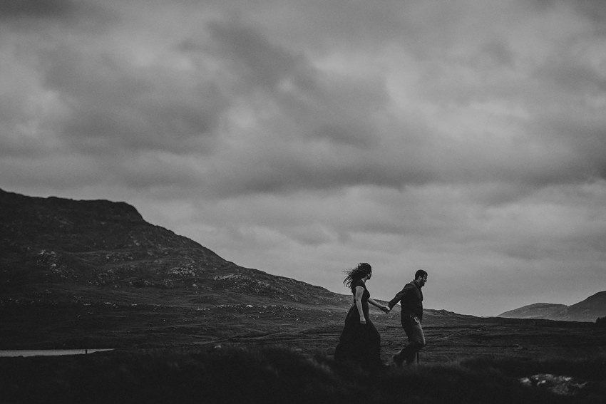 connemara in county Galawy-couple-photographs