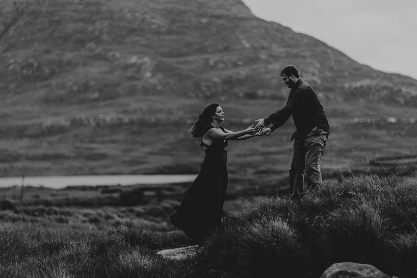 0006-elopement-to-scenic-irish-landscape-couple-photoshoot-in-connemara-wedding-photography-ireland