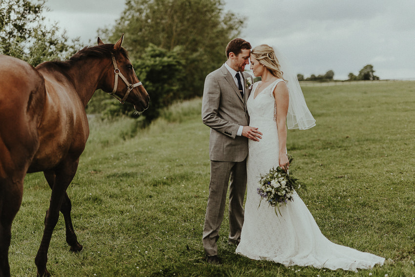 wedding-picture-with-the-horse-at-de-burgh-manor