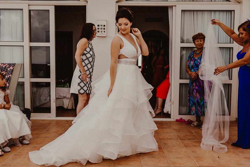 Destination Wedding Photographer in Canary Islands | Warm Lanzarote wedding in October 11