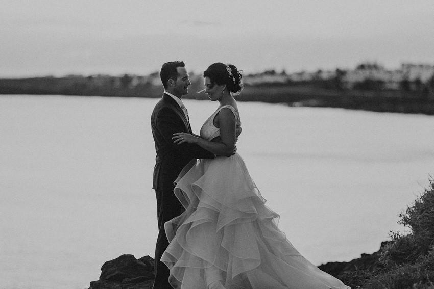 Destination Wedding Photographer in Canary Islands | Warm Lanzarote wedding in October 34
