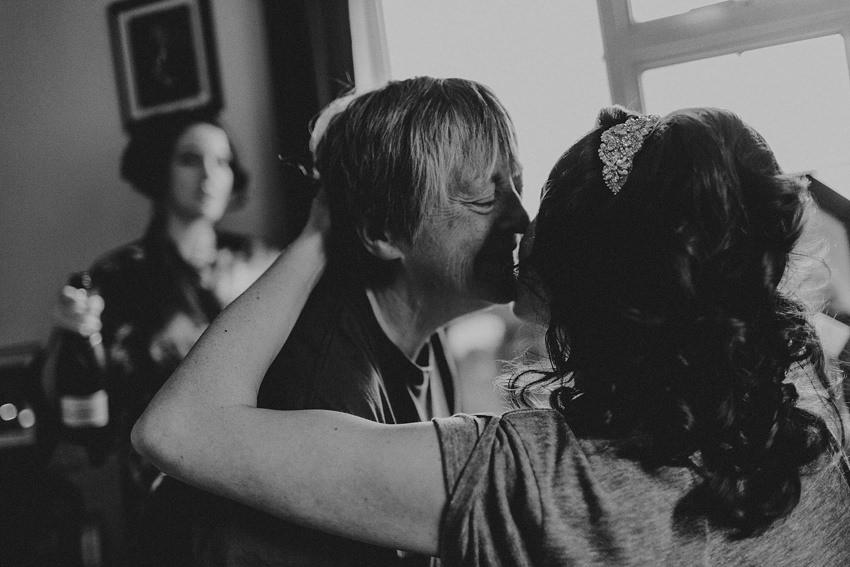 0037-wedding-on-irish-island-inishturk-aran-achill-inishbofin-clare-valentia-documentary-photography_