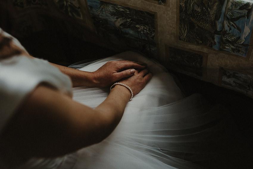 0096-wedding-on-irish-island-inishturk-aran-achill-inishbofin-clare-valentia-documentary-photography_