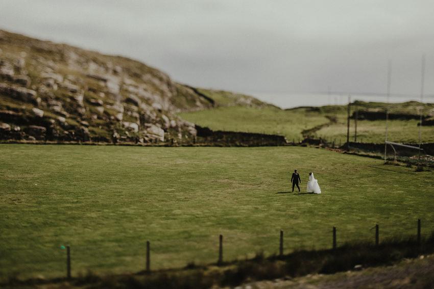 0145-wedding-on-irish-island-inishturk-aran-achill-inishbofin-clare-valentia-documentary-photography_
