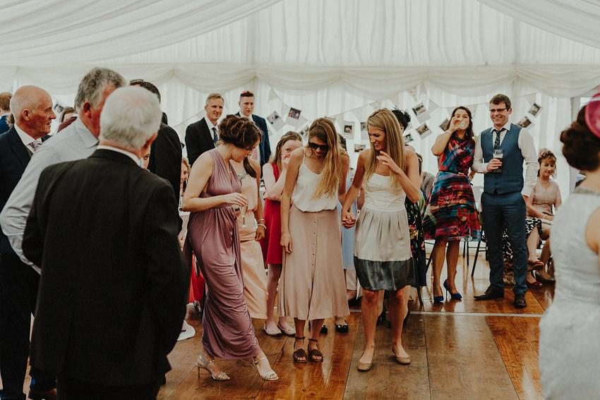0153-wedding-on-irish-island-inishturk-aran-achill-inishbofin-clare-valentia-documentary-photography_