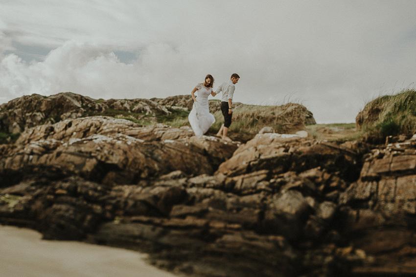 connemara-beach-wedding-photos-couple-on-the-rocks