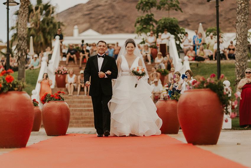 wedding-abroad-lanzarote-destination-wedding-photographer