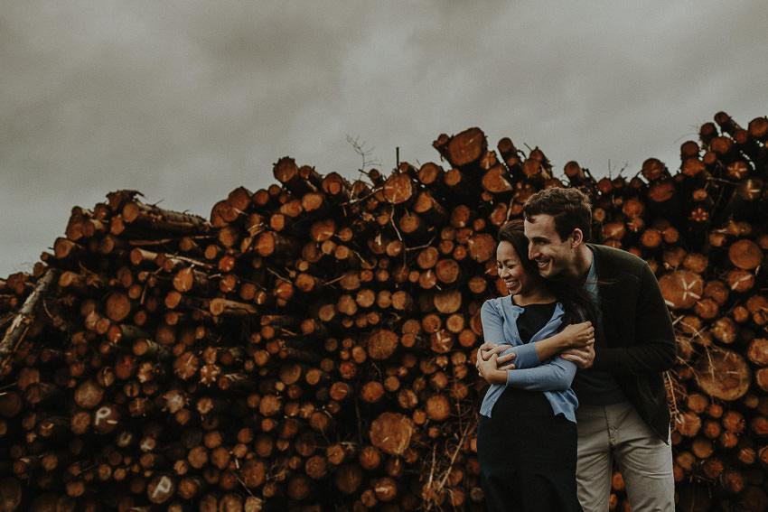 destination-elopement-to-ireland-picture-featured-on-junebug-weddings-instagram