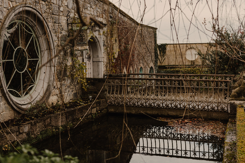 A laidback and intimate winter wedding at The Cliff at Lyons 1