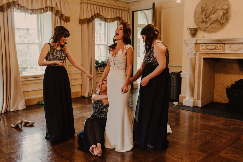 A laidback and intimate winter wedding at The Cliff at Lyons 39