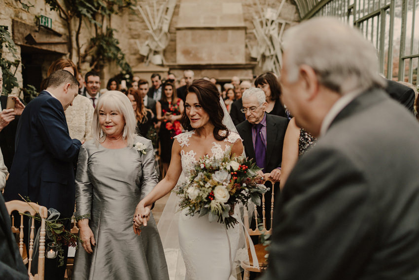 A laidback and intimate winter wedding at The Cliff at Lyons 51