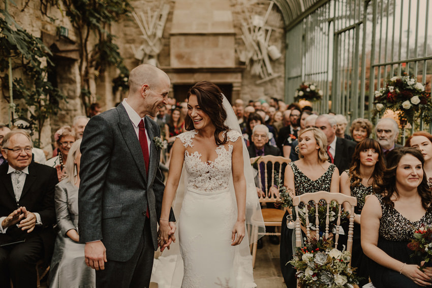 A laidback and intimate winter wedding at The Cliff at Lyons 57