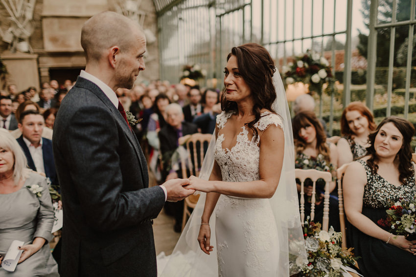 A laidback and intimate winter wedding at The Cliff at Lyons 60