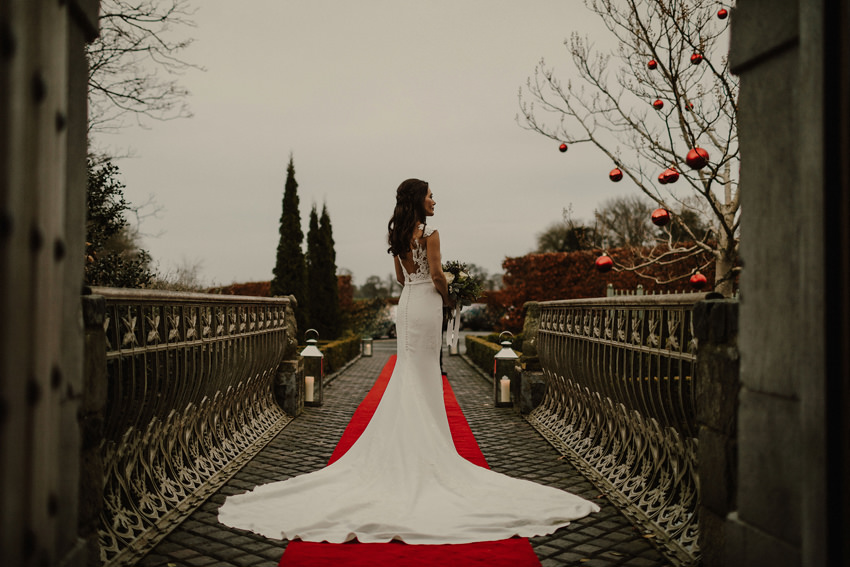 A laidback and intimate winter wedding at The Cliff at Lyons 76