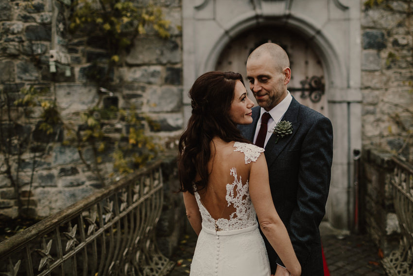 A laidback and intimate winter wedding at The Cliff at Lyons 74