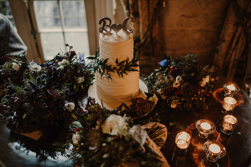 A laidback and intimate winter wedding at The Cliff at Lyons 88