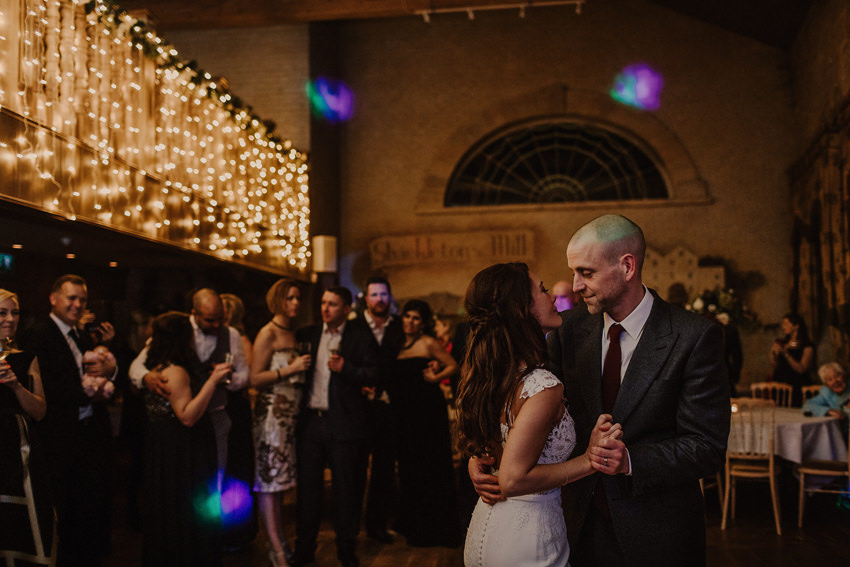 A laidback and intimate winter wedding at The Cliff at Lyons 101