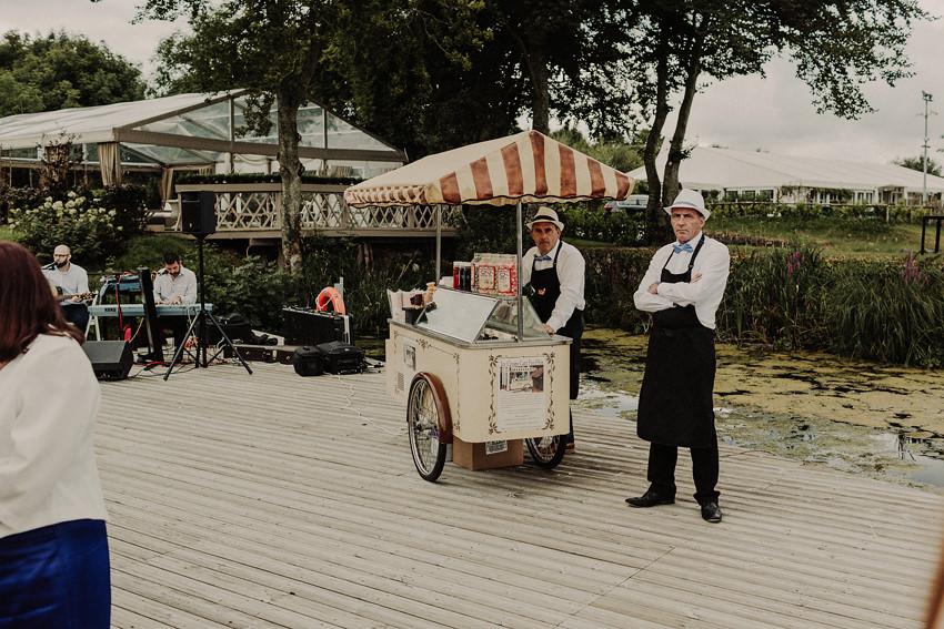 Coolbawn Quay summer wedding | Rachel + Andrew 68