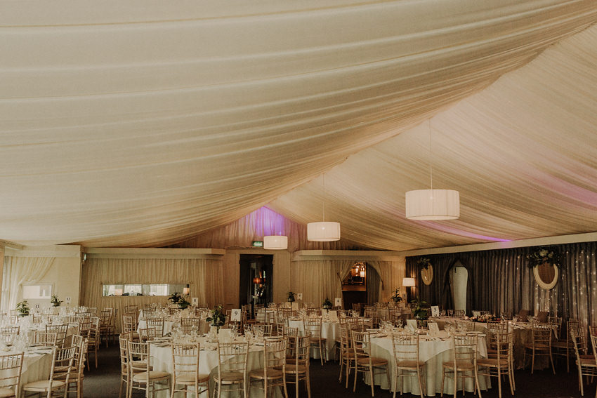 stunning room setup in marquee style