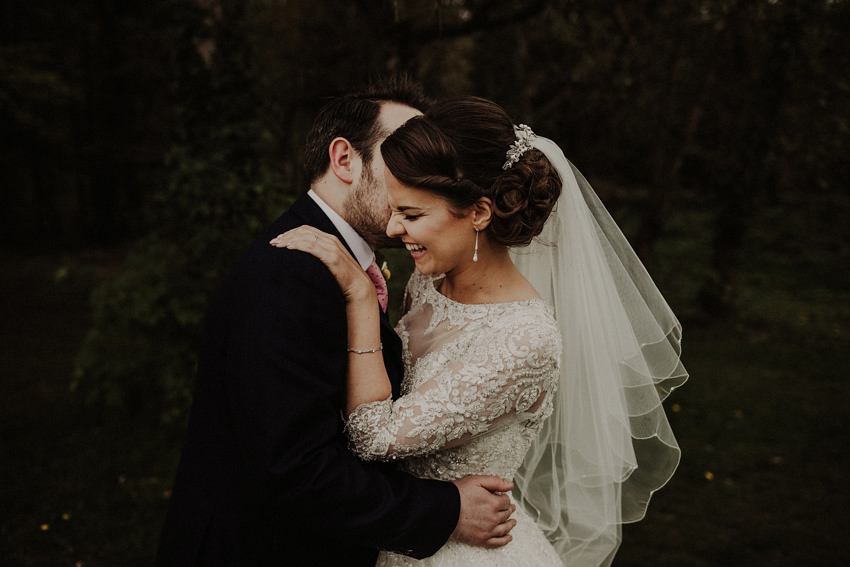 natural style phot of Groom and bride laughing