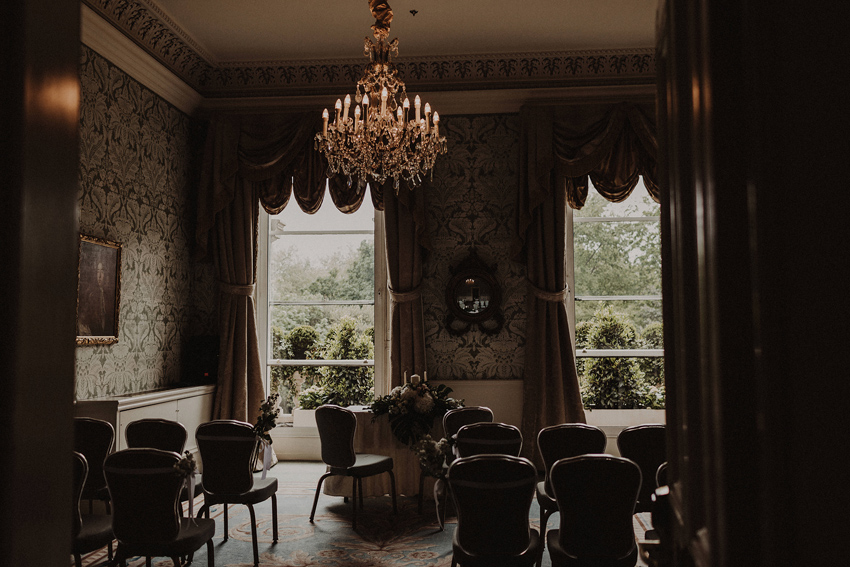 A small intimate wedding at The Shelbourne Hotel | Grainne & James 28