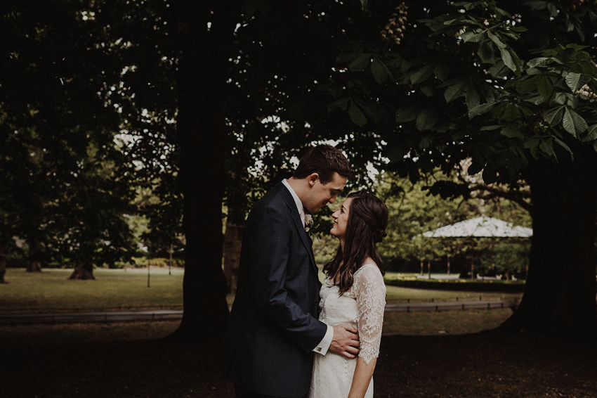 A small intimate wedding at The Shelbourne Hotel | Grainne & James 51