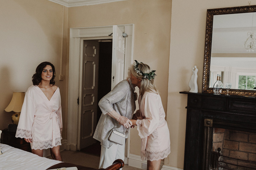 Summer wedding at Ballintaggart House - Dingle | Hazel and J.R. 44